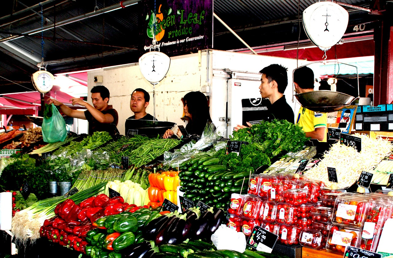 farmers-local-market-418204_1280